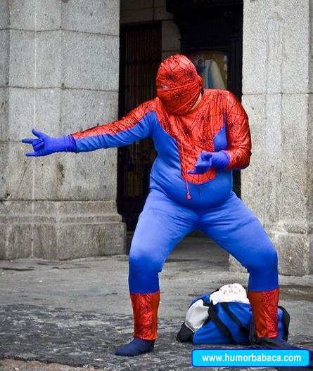 Homem aranha fora de forma