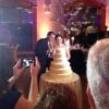 A noiva vestiu o bolo...