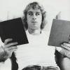 Veja como ler dois livros de uma única vez