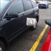 Loira no estacionamento...