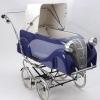 Um clássico carrinho de bebê!